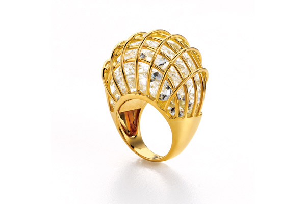 18kt yellow gold and rock crystal Caged ring